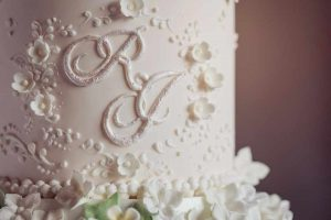 When to start with Wedding Cake Design